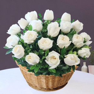 Basket of 20 White Roses