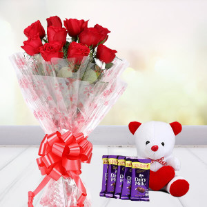Sweet Roses With Soft Toy