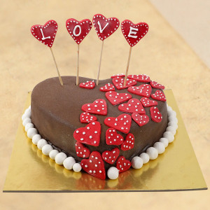 Hot Red Chocolate Cake - 1 Kg