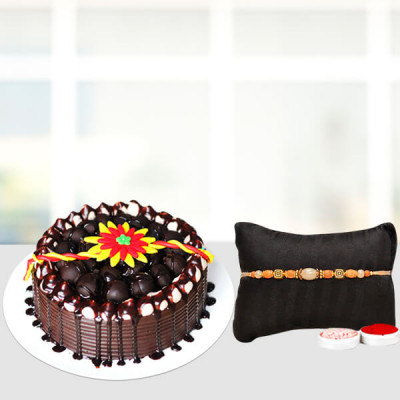 Fancy rakhi with  Designer cake