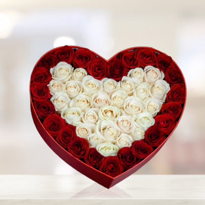 Heart in heart Red Flower Bouquet